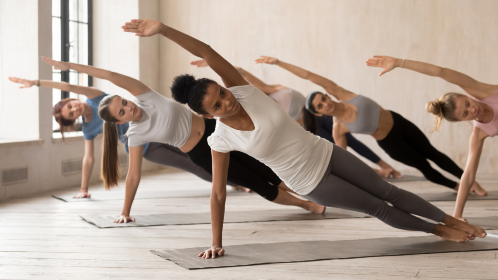 7 Variations of Yoga's Side Plank to Gradually Build Shoulder and Core Strength